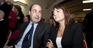 L'attuale Governatore del Lazio Nicola Zingaretti, con l'ex presidente della Regione Renata Polverini (Ansa) (ANSA)