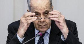Il presidente della Corte Costituzionale Alessandro Criscuolo (Ansa) (ANSA)