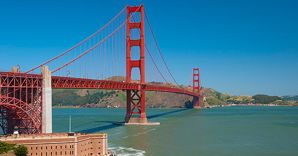 Nella foto il Golden Gate Bridge a San Francisco (Corbis)