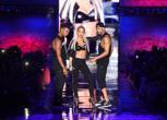 La show di Rita Ora, pop star e testimonial Tezenis