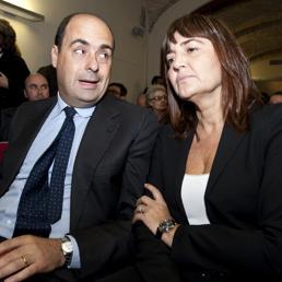 L'attuale Governatore del Lazio Nicola Zingaretti, con l'ex presidente della Regione Renata Polverini (Ansa)