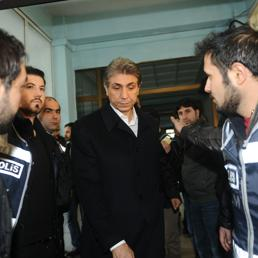 L'arresto di un membro dell'Akp (Afp)