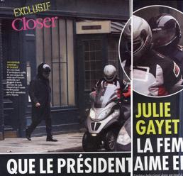 Il Presidente francese Hollande (Ansa)