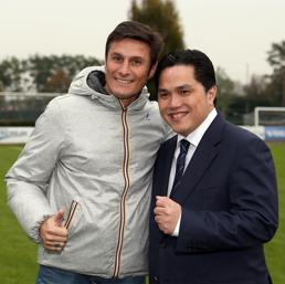 Erick Thohir con Javier Zanetti (Ansa)