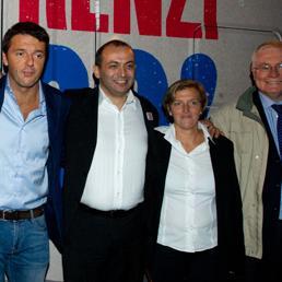 L'incontro a Castenaso durante il tour in camper 'Adesso!' nel 2012, Matteo Renzi e alla sua sx il Sindaco di Castenaso Stefano Sermenghi e la sorella maggiore di Renzi Benedetta Renzi