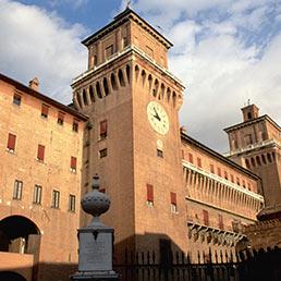 Ferrara (Corbis)