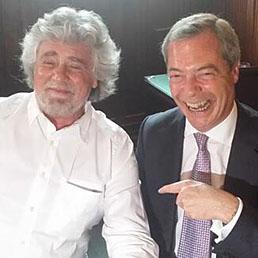 Beppe Grillo con Nigel Farage