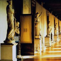 Inchiesta Firenze, indagato il direttore dei Musei Vaticani  - Il Sole 24 ORE