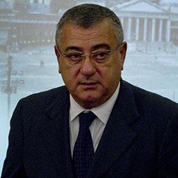 L'ex presidente della Provincia di Napoli, Luigi Cesaro
