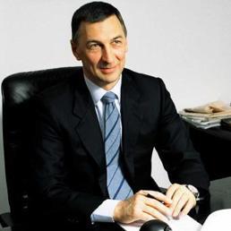 Enrico Cavatorta in un'immagine tratta dal sito Luxottica (Ansa)