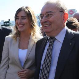 Il Ministro per le Riforme Maria Elena Boschi e il Presidente di Confindustria Giorgio Squinzi all'inaugurazione del Cersaie, Bologna (ANSA)
