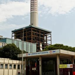 La centrale elettrica Enel di Porto Tolle Rovigo  (Ansa) (ANSA)