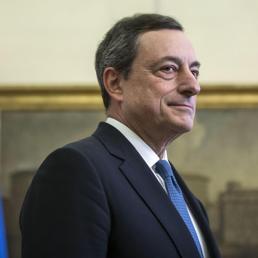 Il presidente Bce Mario Draghi al suo arrivo alla Camera dei deputati (Ansa) (ANSA)