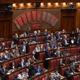 Italicum ecco quali sono i 100 nuovi collegi for Quanti sono i deputati