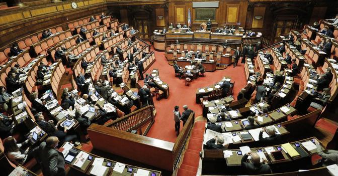 Stipendi camera e senato consiglieri parlamentari da oltre for Camera e senato