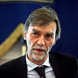 Il sottosegretario alla presidenza del Consiglio, Graziano Delrio (Fotogramma)