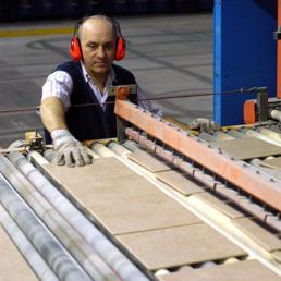 Piastrelle leadership a rischio il sole 24 ore - Produzione piastrelle ceramica ...
