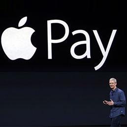 Tim Cook durante la presentazione di Apple Pay (Ap)
