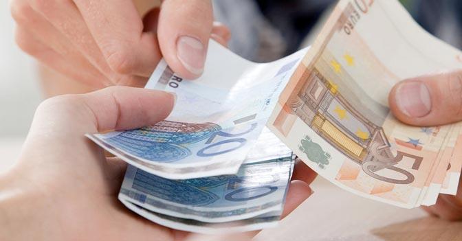 Affitti brevi per le vacanze, ecco le regole da rispettare / Pagamenti in contanti fino a mille euro