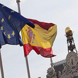 Risultati immagini per bandiera ue e bandiera spagnola
