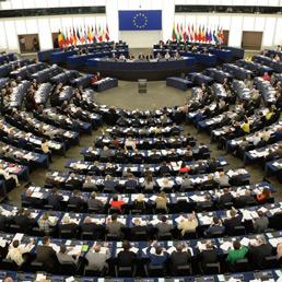 Mafia il parlamento ue approva la direttiva confische il for Notizie parlamento italiano