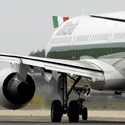 Alitalia, spunta l'ipotesi Poste. Enac: senza ricapitalizzazione sabato stop