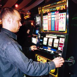 Dipendenza gioco slot machine