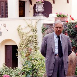 Licio Gelli nella sua Villa Wanda ad Arezzo (Ansa)