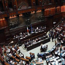 In media dieci scrutini per l 39 elezione del capo dello for Diretta camera deputati