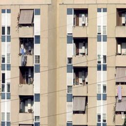 Via libera a manovra da 1,6 mld: sì a vendita immobili e taglio spese - Sì a 210 mln per emergenza immigrati