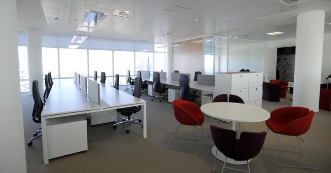I luoghi di lavoro si trasformano in moderni open space for Open space moderni