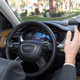 A Parma la prima prova su strada dell'auto che si guida da sola - Video