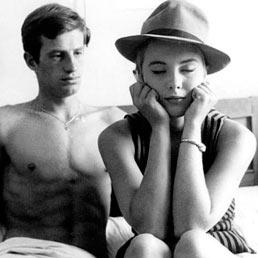 Da Bogart ad Alain Delon. Alla Triennale il cinema si mette il cappello