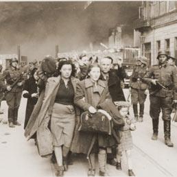 Gli orrori dei ghetti nazisti in mostra al Vittoriano