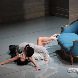 L'altra metá del cielo. Nella foto Sabrina Brazzo e Andrea Volpintesta (© Brescia Amisano - Teatro alla Scala)