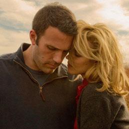 Ben Affleck e Rachel Weisz in una scena del film «To the wonder», del regista Terrence Malick (ANSA)