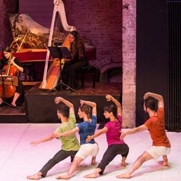 Da Simona Bertozzi un omaggio a Corelli e alla follia di Erasmo - Foto