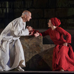Antigone cuore pulsante della Festa del Teatro di San Miniato - Foto