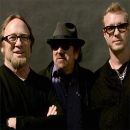 Arrivano i Rides, nuova superband di Stephen Stills. Intanto Crosby, Stills, Nash e Young fanno rotta sull'Italia