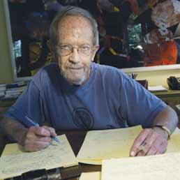 Addio a Elmore Leonard, maestro al di là degli schemi - Le 10 regole d'oro del «re del giallo» per scrivere bene