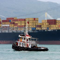 Troppe navi in mare, noli cargo in caduta e società in difficoltà