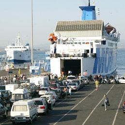 Traghetti in crisi, gli armatori chiedono un piano di aiuti