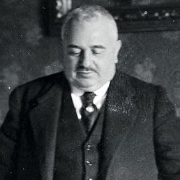 Meridionalista. Francesco Saverio Nitti (Melfi, 1868 - Roma, 1953) fu politico, giornalista, economista e presidente del Consiglio del Regno d'Italia dal 1919 al 1920. Nitti fu uno dei massimi esponenti del Meridionalismo (Alinari)