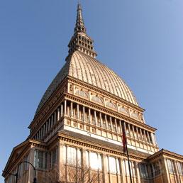 Torino, sfida sull'agenda economica