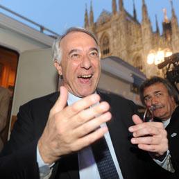 A Milano Pisapia sorpassa la Moratti (Ansa)