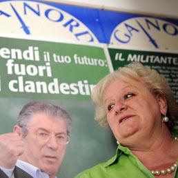 Il Carroccio non parla più lùmbard. Bocciati i candidati sindaci leghisti. Nella foto Stefania Federici (Ansa)