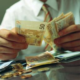 Alt alla spesa nominale fino al 2014. Pronto il rapporto Giarda