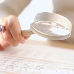 Ai risparmiatori poco informati l'investimento in obbligazioni rende meno, lo studio della Consob (Marka)