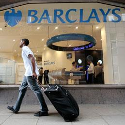 Barclays nel 2011 ha aumentato l'acquisto di bond italiani (+57%) e venduto quelli spagnoli (-45%)