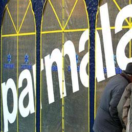 I fondi sventolano la bandiera dell'italianità. Passera: lista di Intesa nell'interesse di Parmalat e del Paese